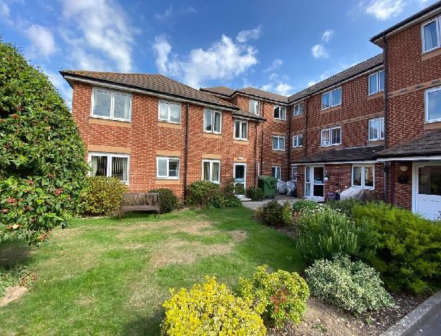 1 bedroom flat for sale in Canberra Close, Alverstoke, Gosport, Hampshire, PO12