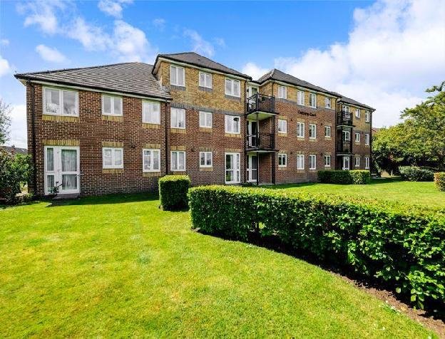 1 bedroom flat for sale in Canberra Court, Gosport, PO12 2NY, PO12