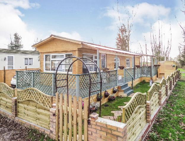 1 bedroom park home for sale in Carlton Manor Park, Carlton-On-Trent, Newark, NG23