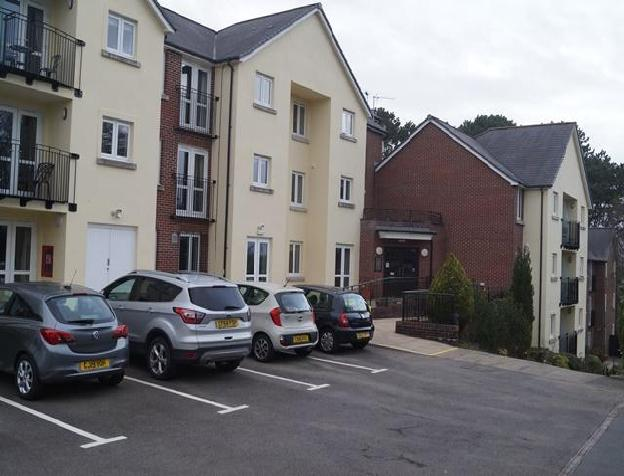 1 bedroom retirement property for sale in Station Road, Radyr, Cardiff(City), CF15